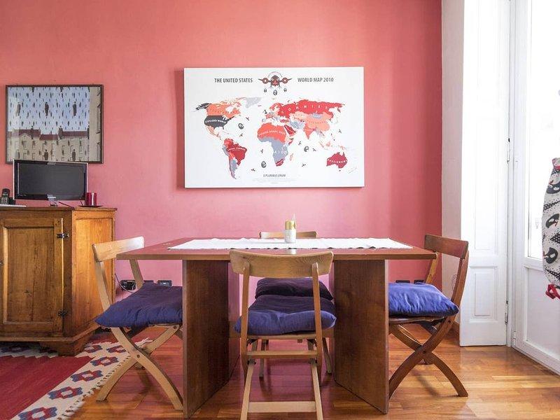 Delizioso appartamento nel cuore del design district, location de vacances à Pontesesto