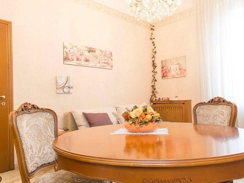 Nuovo ed elegante appartamento in Città Studi (free wifi, AC), casa vacanza a Carpenzago