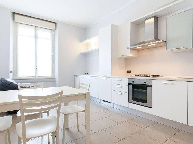 Appartamento spazioso e nuovo in Città Studi, vacation rental in Segrate