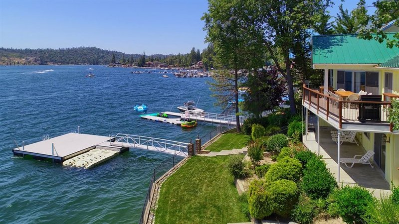 Eagle`s Nest at Bass Lake near Yosemite- Summer 2021 open for booking!, vacation rental in Bass Lake
