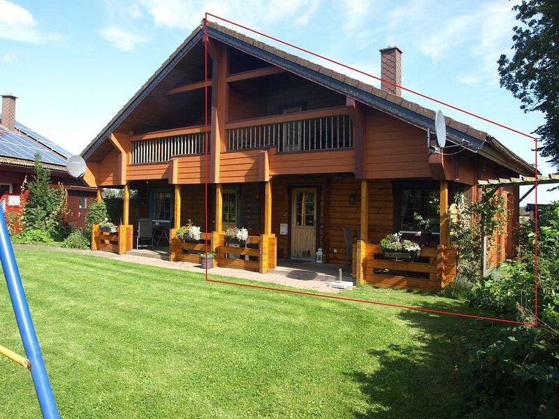 4 Sterne Blockbohlenhäuser mit Sauna/Kaminofen nahe Schlei u. Ostsee bei Kappeln, holiday rental in Hasselberg