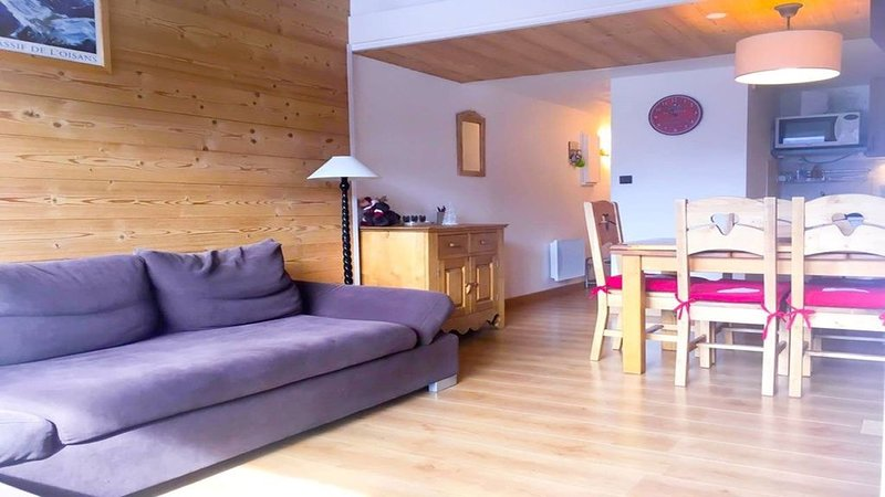 Appartement Famillial 7/9 personnes, holiday rental in Vénosc