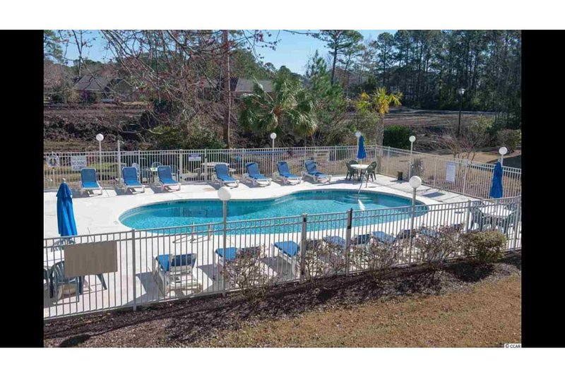 Super Clean and Neat 1BD 1-1/2 Bath Condo by the Beach (LOW FEES!), holiday rental in Socastee