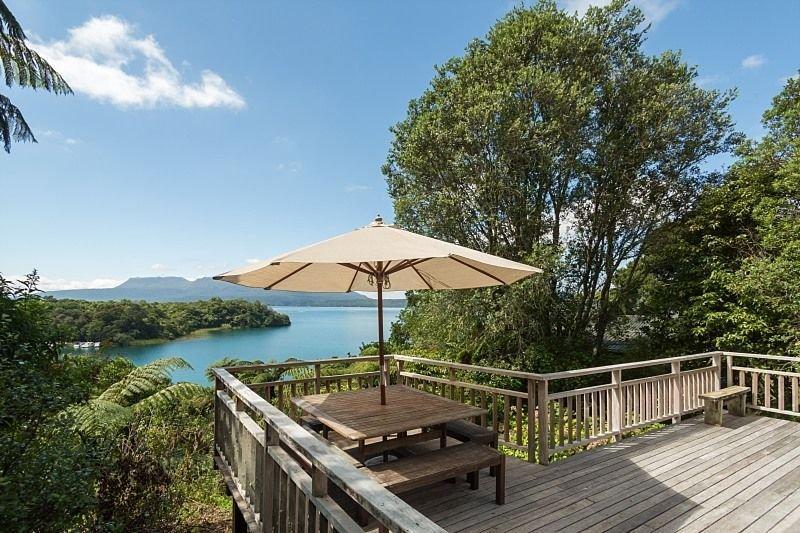 Trouts About - Lake Tarawera Holiday Home, alquiler vacacional en Lake Tarawera