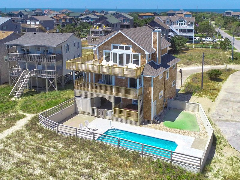 Pompano - Alluring 6 Bedroom Oceanfront Home in Frisco, holiday rental in Frisco