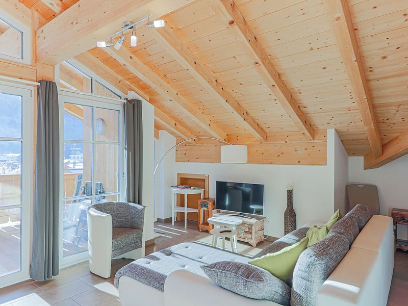 Wonderful Apartment with Balcony, Ski Storage, Carport, Lift, holiday rental in Brixen im Thale