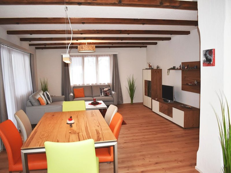 *** Ferienwohnung Helvetia, Lenzerheide, vacation rental in Alvaneu Bad