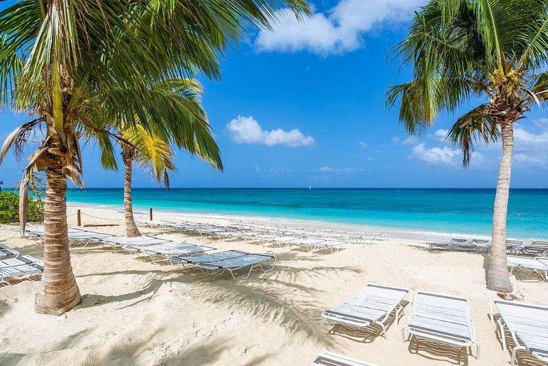Beach Living at Island Pine Villas (BLJ), vacation rental in George Town