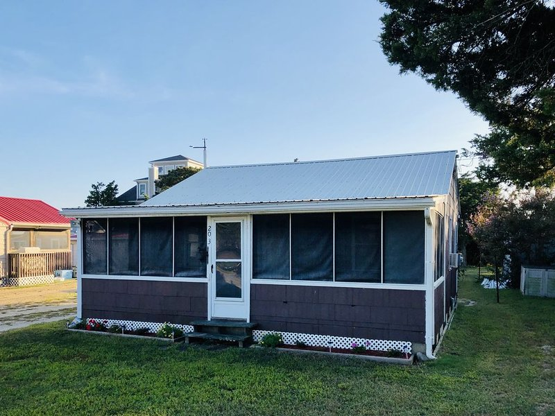 Rustic Broadkill Beach Cottage - Walk to Beach, holiday rental in Milford