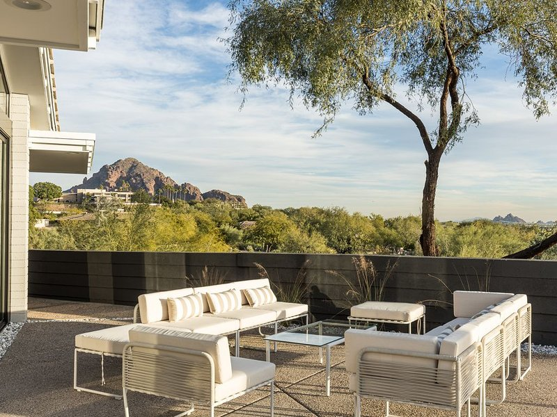 *NEW* Christian Yaeger Mid - Century Modern Masterpiece, vacation rental in Paradise Valley