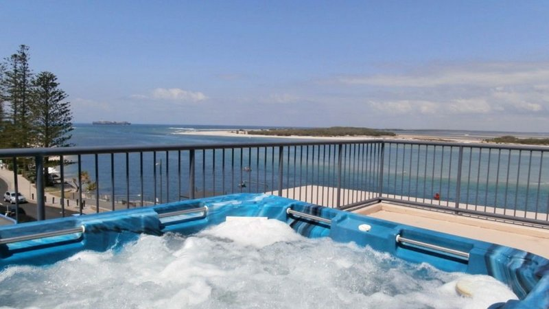 Waterfront penthouse, Rooftop spa & Free Wi-Fi, vacation rental in Kings Beach