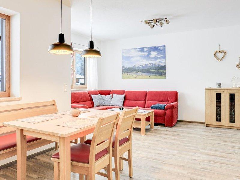 Wunderschöne Ferienwohnung Geroldsee mit Bergblick, WLAN und Balkon; Parkplätze, casa vacanza a Garmisch-Partenkirchen
