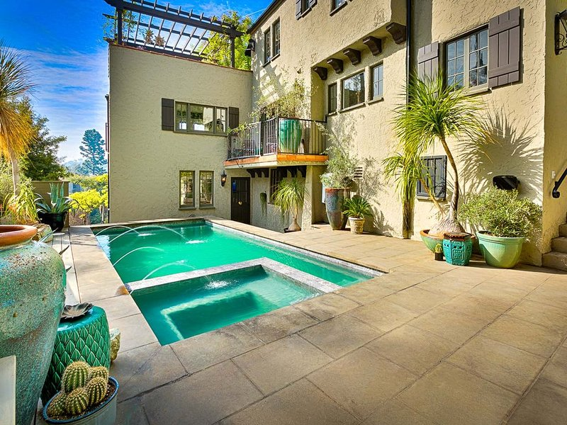 Hollywood Hills Villa Knoll, alquiler de vacaciones en West Hollywood