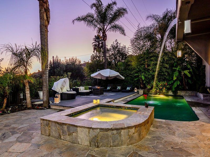 Runyon Canyon Refuge - Isolate in Luxury and Style, alquiler de vacaciones en West Hollywood