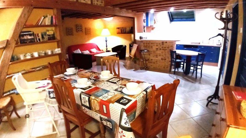 Gite 100 m² aux portes de Chambord, 5 pers. WIFI + petite terrasse, location de vacances à Mont-pres-Chambord