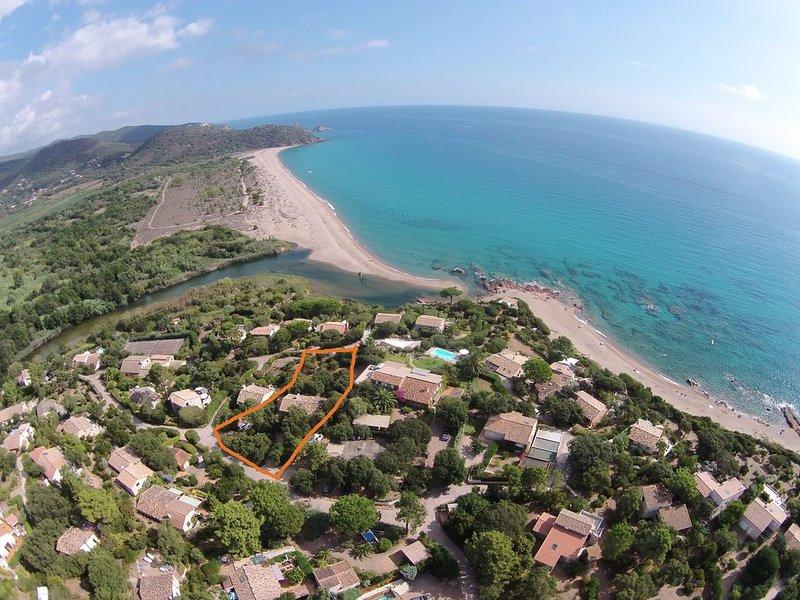 Charmantes Haus direkt am schönsten Strand Korsikas!, holiday rental in Pinarellu