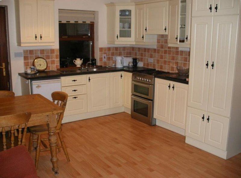 Mountshannon cottages, holiday rental in Broadford
