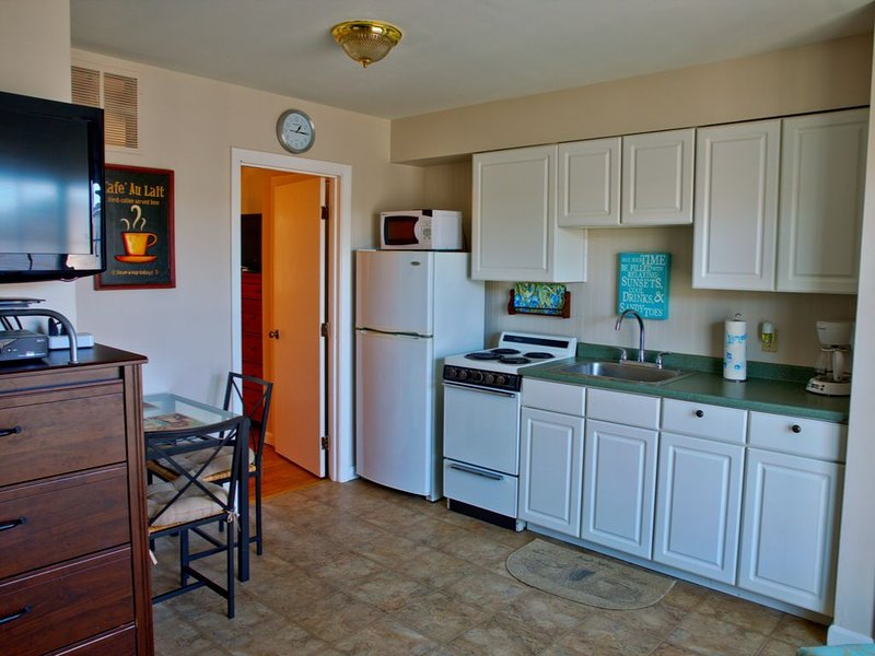 Home Away From Home 2, holiday rental in Hampton