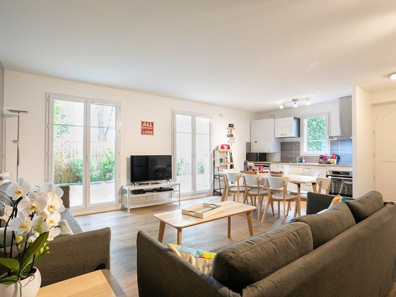⭐️Disneyland Paris⭐️ Offre Spéciale⭐️ Maison 4 Ch/2,5 SdB, 10 Guests! – semesterbostad i Bailly-Romainvilliers