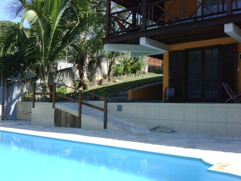 Alugo Suítes em minha casa. Conforto em ambiente familiar, vacation rental in Sao Sebastiao