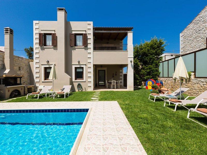 Sokaki Villa II, Pool with spa whirlpool facilities,Walking distance to Taverna!, holiday rental in Prasies