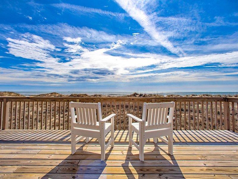 Dream Weaver - Breathtaking 3 Bedroom Oceanfront Home in Hatteras, location de vacances à Hatteras