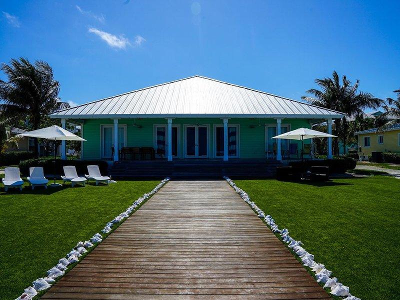 Ocean Front, Semi-Private beach, 4beds/4baths, Two Master Suites, alquiler de vacaciones en Bimini