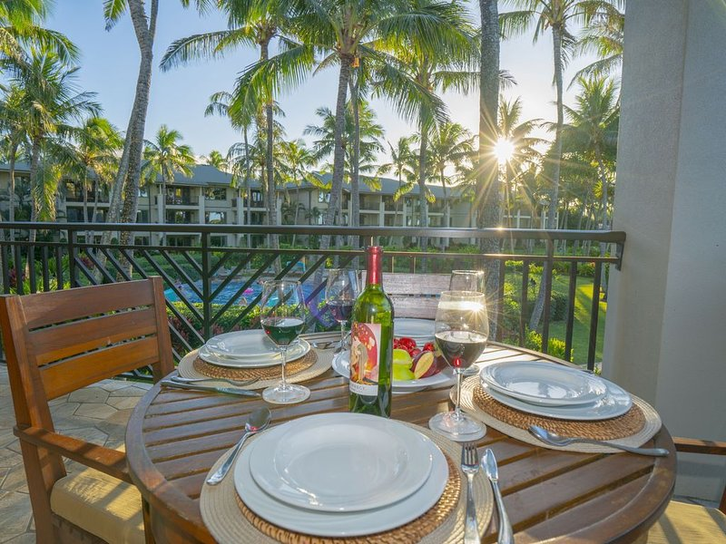 Turtle Bay, Stunning Corner Unit Villa with OCEAN VIEWS FROM EVERY BEDROOM!!!, holiday rental in Kahuku