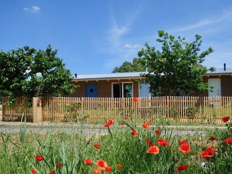 Urlaub in der Natur - mit viel Platz für Freunde und Familie, holiday rental in Hohenzieritz