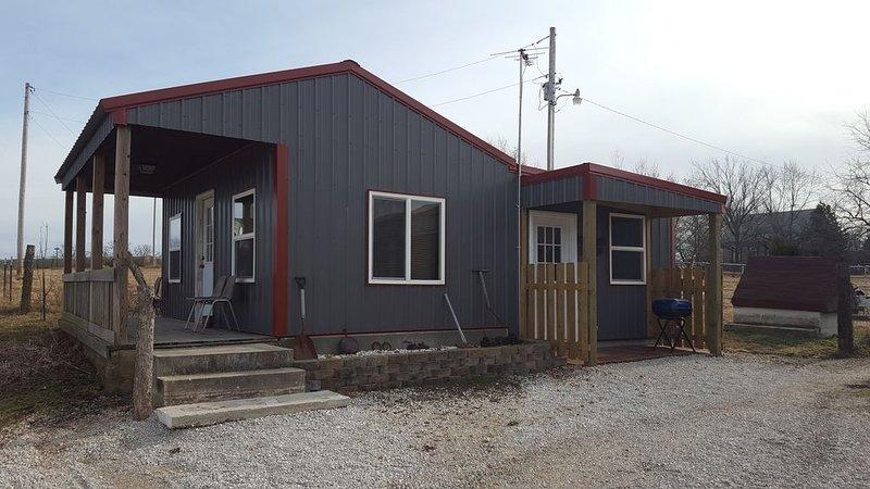 Grandma's Cabin at Stockton Lake, Stockton Missouri., holiday rental in Stockton