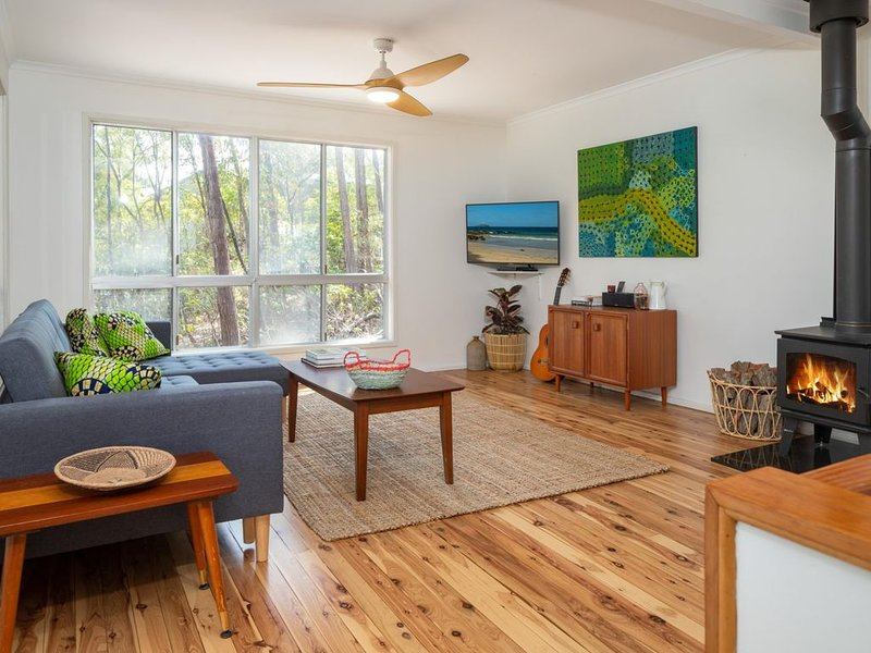 The Sandpiper - Lilli Pilli, NSW, holiday rental in Malua Bay