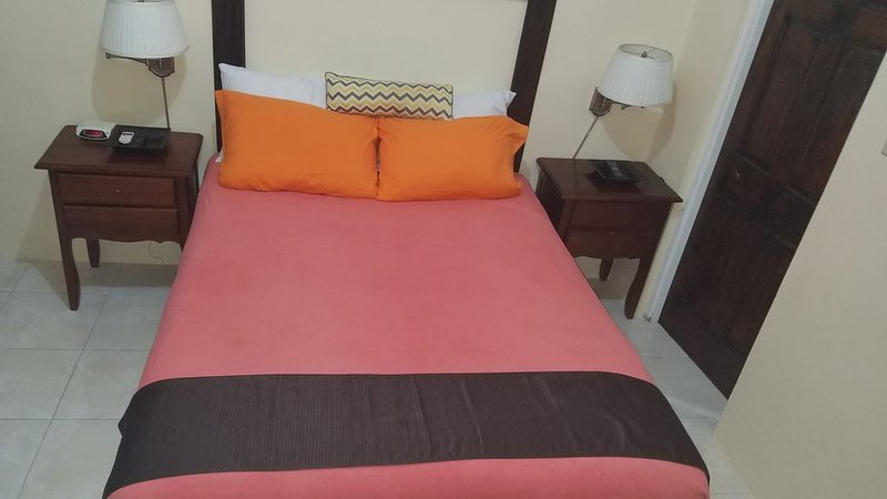 Montego Bay vacation rental13 minutes drive to sumfest venue, local beach,�, Ferienwohnung in Hopewell