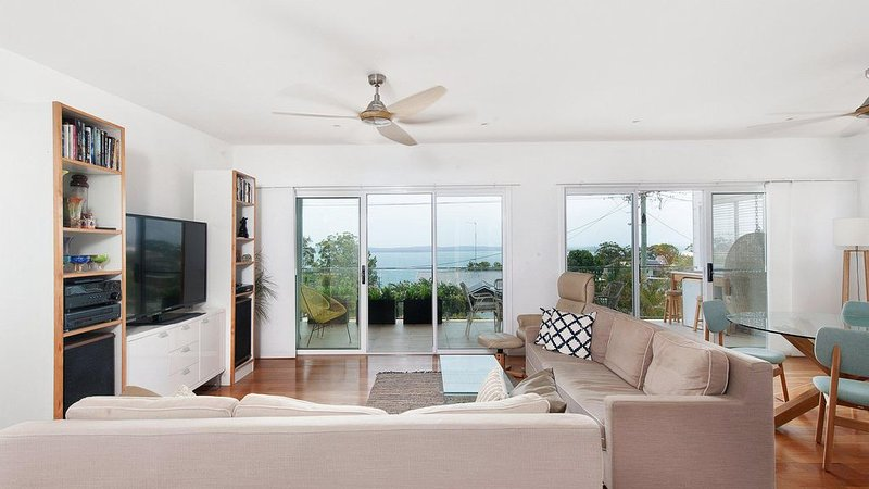 Embracing Dutchies*Nelsons Bay, vacation rental in Nelson Bay
