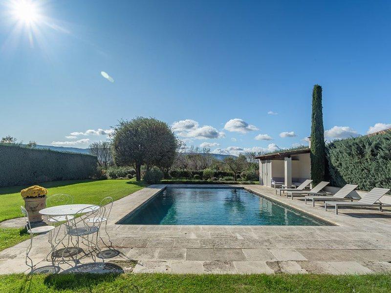 Nouvelle annonce! Villa coeur du luberon avec vue superbe, holiday rental in Coustellet