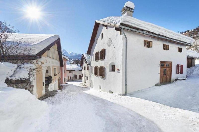 Ferienhaus Scuol für 6 Personen mit 3 Schlafzimmern - Ferienhaus, casa vacanza a Guarda