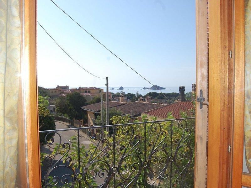 UN SUGGESTIVO PANORAMA PER UNA VACANZA ALL'INSEGNA DEL RELAX, vacation rental in Santa Maria Navarrese