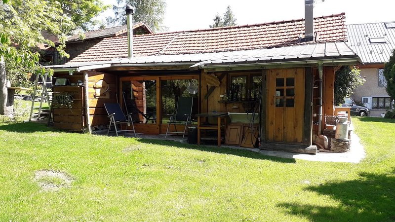 Petit cabanon de montagne, holiday rental in Gilly-sur-Isere