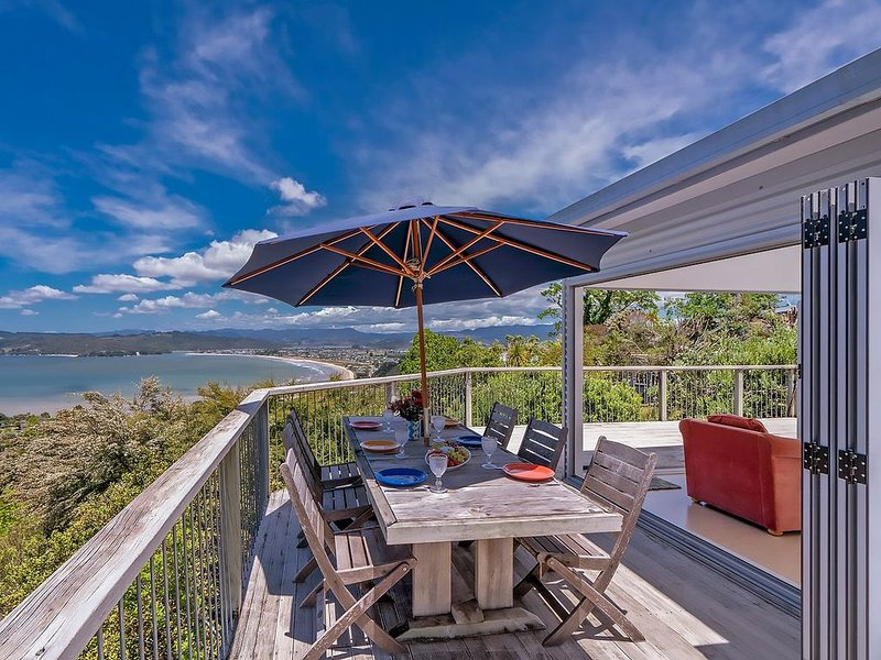 Whitianga Sea Views - Whitianga Holiday Home, aluguéis de temporada em Coromandel