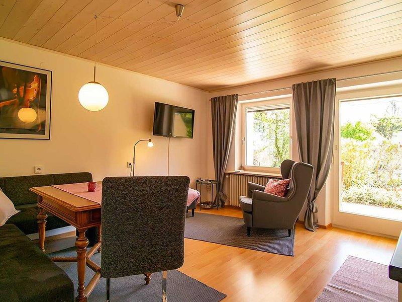 Ferienwohnung in Eschach, Ruhige Lage, Nähe Hopfensee & Forggensee, vacation rental in Schwangau
