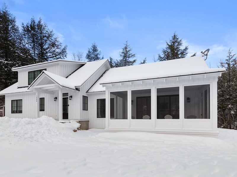 Sterling Valley Modern Farmhouse, alquiler de vacaciones en Stowe