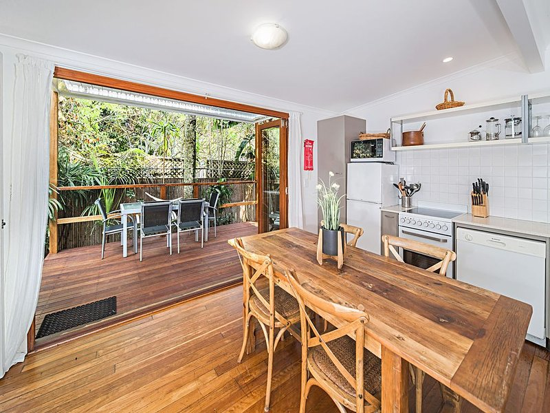 'Seaside Cottage' - hosted by North Coast Lifestyle Properties, holiday rental in The Pocket