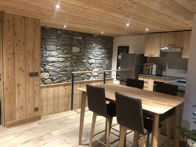 Magnifique appartement T3-60m2 Méribel centre, holiday rental in Meribel