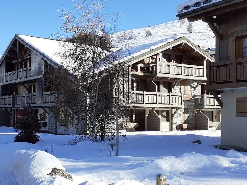 Appartement T3 duplex 52 m2, 5-6 personnes, 2 chambres, label 2 Alpes Qualité, alquiler vacacional en Les Deux-Alpes