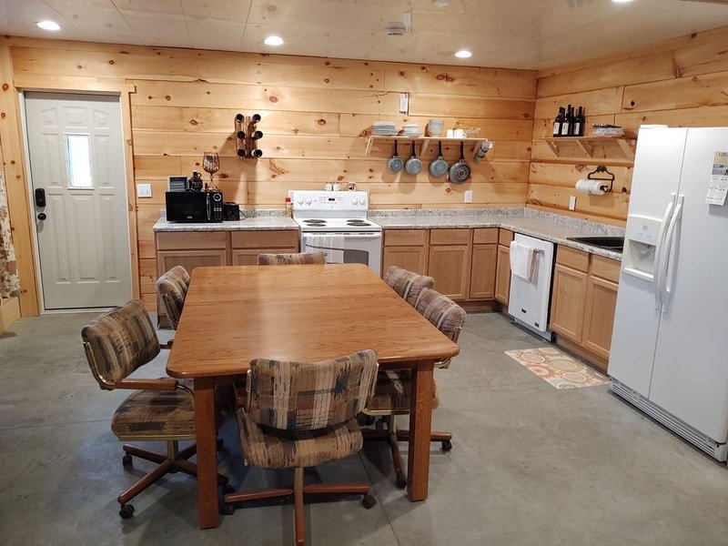 Wildlife Country Rustic Retreat, alquiler vacacional en Mecosta County