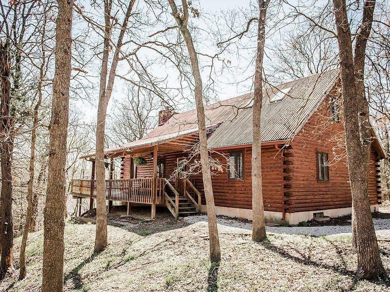 Timber Cove Cabin - a relaxing lakeside retreat, casa vacanza a Half Way