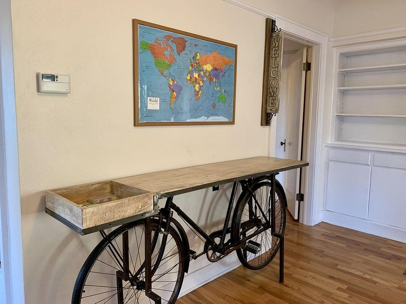 The Riverpath Inn, just a few steps away from the Rose Garden, in Eugene Oregon, vacation rental in Springfield