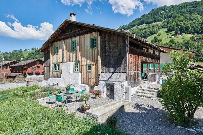 Ferienhaus Unterschächen für 4 - 8 Personen mit 4 Schlafzimmern - Ferienhaus, holiday rental in Canton of Uri
