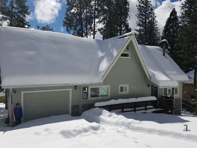Beo's Place a Bear Valley / Arnold / Modern Mountain Get Away, vacation rental in Arnold