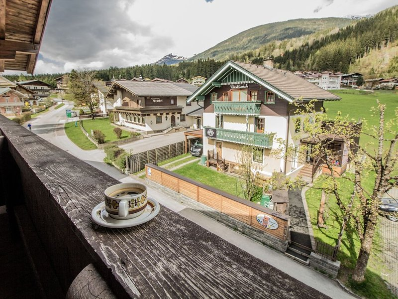 Sport Club House for bigger groups (max 48 people ) at the end of the Ski slope, holiday rental in Schonbach