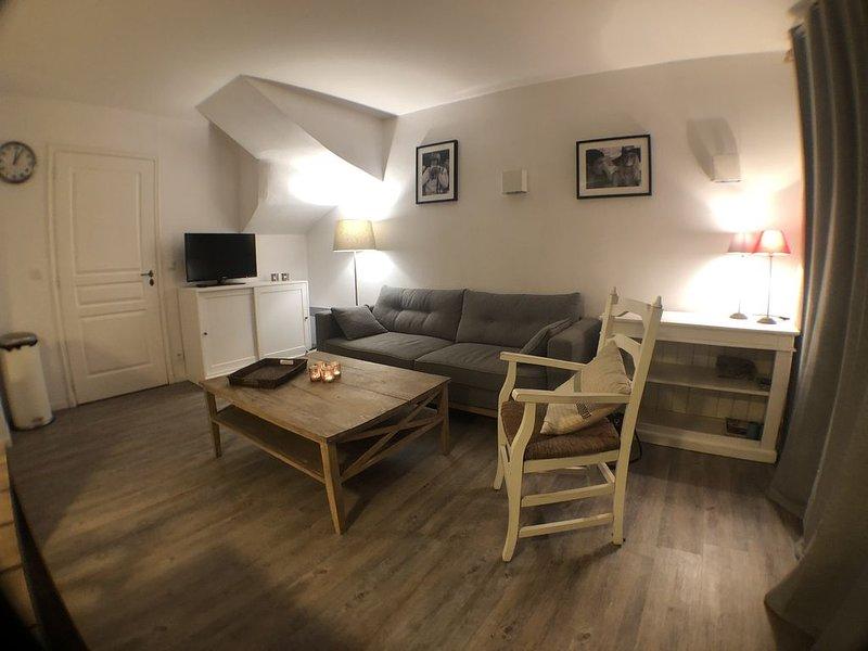 MAISON 3 chambres 6 personnes à 2 min de la plage, casa vacanza a Grimaud